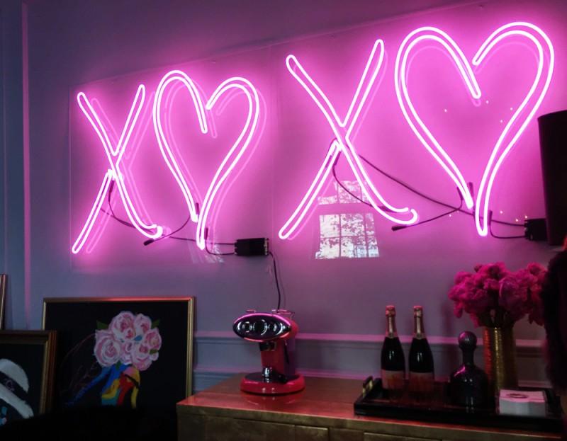 Neon Lighting Do in Home